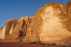 Campamento beduino (pablocba) Tags: tienda beduina beduinos campamento camp beduin desierto desert jordania jordan wadi rum uadi sony ilce6000 a6000