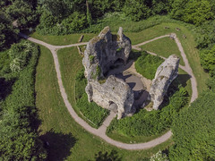 Odiham Castle (y.mihov, Big Thanks for more than a million views) Tags: odiham castle dji movic air historical hills hamshire stone architecture mason garden grass green ancient anglia englanduk europe england trespass travel tourist trees town village mill above skyes