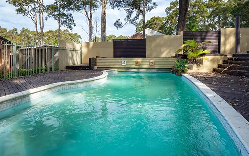 24 Thomas Mitchell Cr, Sunshine Bay NSW 2536