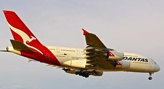 LHR/EGLL: Qantas Airbus A380-841 VH-OQJ