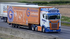 S80 ESX (panmanstan) Tags: scania ng s580 wagon truck lorry commercial curtainsider freight transport haulage international vehicle m62 motorway sandholme yorkshire