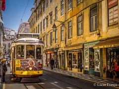Prazeres - 28 (Lisbon in yellow) (lucas.fr) Tags: lisboa portugal pt