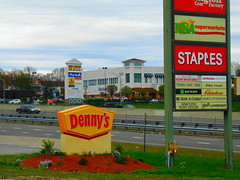 New London Shopping Center/New London Mall (New London, Connecticut) (jjbers) Tags: new london shopping center connecticut may 6 2018 dennys staples office store burlington coat factory nsa supermarket grocery town fair tire former first bradlees discount location