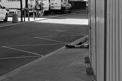Rue Grolée. (brumpicts) Tags: photographiederue streetphotography photographieurbaine urbanphotography noiretblanc blackandwhite ruegrolée cordeliers 69002 lyon rhône auvergnerhônealpes france monlyon lyonurb brumpicts frédéricbrumby