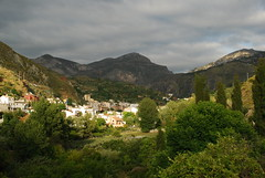 Últimas luces (Oscar Moral) Tags: monachil granada montaña paisaje