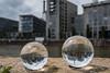 2018 Experimente mit 2 Lensballs am Westhafen (mercatormovens) Tags: frankfurt main westhafen westhafenmole architektur gebäude häuser deutschland hessen grosstadt fluss flus uferbebauung lensball kritallkugen fotokugel