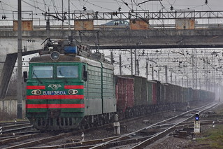 Heavy train in heavy rain - VL11 360 - MUKACHEVE/Мукачево - UKRAINE/УКРАЇНА