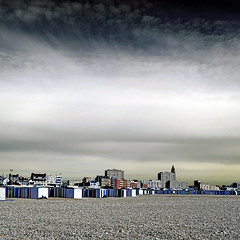 Le Havre, France (pom'.) Tags: may 2018 seinemaritime 76 normandie france beach sky clouds panasonicdmctz101 lehavre europeanunion groupenuagesetciel 100 200 300 400