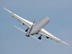 Kiwi 757 (np1991) Tags: royal air force raf cosford england united kingdom uk airshow 2018 nikon digital slr dslr d7100 camera sigma 50500mm 50 500 50500 bigma lens aviation planes aircraft kiwi new zealand rnzaf boeing 757200 757 752