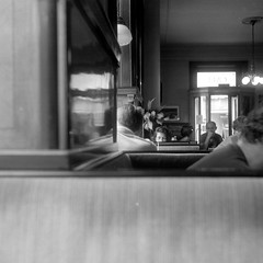Café Goldegg (ucn) Tags: wien vienna weltaweltax berggerpancro400 agfastudional filmdev:recipe=11570 developer:brand=agfa developer:name=agfastudional tessar kaffeehaus street cafégoldegg