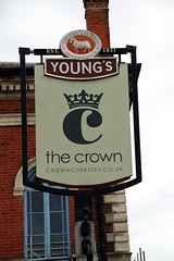 Pub sign for the Crown, Chertsey. (Peter Anthony Gorman) Tags: crown pubsigns chertsey surreypubs youngsbrewery rambrewery