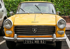 Peugeot 404 (monsieur Burns) Tags: peugeot 404 rx100 sonyphotographing