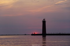 DSC00069 (ZANDVOORTfoto.nl) Tags: michigan illenois usa lake muskegan sunset sunsets verenigde staten sun zon zonsondergang vuurtoren lighthouse
