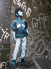 streetart in Hamburg (wojofoto) Tags: pasteup stencil stencilart hamburg germany deutschland streetart wojofoto wolfgangjosten tona