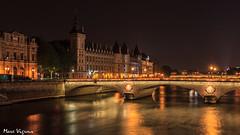 Paris by night (MarcEnGalerie) Tags: nocturne laconciergerie balade poselongue nightly longexposure nocturnal seine paris iledefrance france fra
