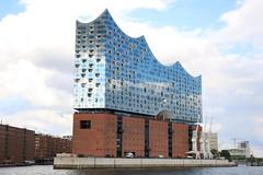 Elbphilharmonie Hamburg (Helgoland01) Tags: elbphilharmonie hamburg deutschland germany fluss hafen port harbor elbe river