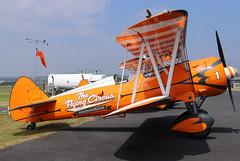 SE-BOG (GH@BHD) Tags: sebog boeingstearmann75n1n2s3kaydet boeing stearman n75 kaydet n75n1n2s3kaydet theflyingcircus aerosuperbatics newtownardsairfield newtownards ulsterflyingclub biplane aerobatic wingwalkers