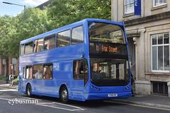 Reading Buses 533, X398KBV. (EYBusman) Tags: reading buses transport royal berkshire town centre municipal bus coach east lancs lancashire lolyne dennis trident vaninn isle man blackpool fmn412 e19bts x398kbv eybusman