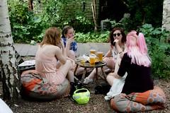 2017 - Open Square Garden - Saturday - Dalston East Curve Garden-7119 (Out To The Streets) Tags: 2017 20170617 dalston dalstoneastcurvegarden europe hackney june2017 london opengardensquares opengardensquares2017 opengardensquares2017sunday uk unitedkingdom picnic woman women
