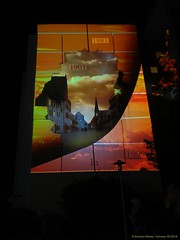 Festival of Lights 2018 (Zwickau) (cd.berlin) Tags: sonyhx90v zwickau 900jahre sachsen saxony städtetrip stadtansichten deutschland germany festivaloflights2018 festivaloflights fol lightfestival fetedeslumieres illumination lightpainting projection citylights lightart lightphotography lightjunkies nighttime nightphotography nights picofthenight nightshot colorful colours livecolorfully colorsplash coloursplash artlover publicart urbanromantix cityview sightseeing urbanandstreet urbanart wunderschön traveler travelandlife photographylover positivevibes atmosphere wohnhaus nofilter cdberlin