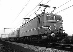 NS: Nostalgische Spoorwegen (2) (Peter ( phonepics only) Eijkman) Tags: nederland netherlands nederlandse ns nederlandsespoorwegen spoorwegen trains train treinen trein tren rail rails railways railway vintage reflectionsofthepast holland