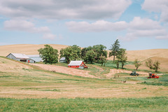 Farm (Pedalhead'71) Tags: barn farm palouse rural washington whitmancounty tractor cheney unitedstates us