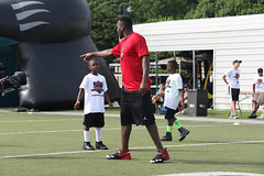 """2018-tdddf-football-camp (35) • <a style=""""font-size:0.8em;"""" href=""""http://www.flickr.com/photos/158886553@N02/42423373541/"""" target=""""_blank"""">View on Flickr</a>"""