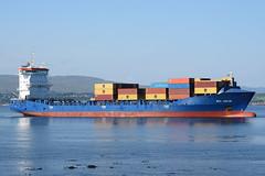 Wes Janine - Greenock - 28-05-18 (MarkP51) Tags: wesjanine greenock firthofclyde containership ship boat vessel maritimephotography sunshine sunny nikon d7200