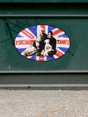 Remove them/Help the homeless II (aestheticsofcrisis) Tags: street art urban intervention streetart urbanart guerillaart graffiti postgraffiti london uk great britain england shoreditch hackney rip stencil schablone pochoir pasteup wheatpaste