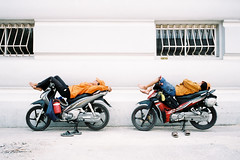 """My Motorcycle. My Bed"" (Yeow8) Tags: motorcycle nikon28ti agfavista400 sleeping vietnam saigon hochiminhcity film filmphotography filmisnotdead filmcommunity filmphoto ishootfilm streetphotography streetphotographer streetportrait streetlife vietnamese streetscene"