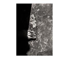 Luz Compositiva N°10 (José Toledo.) Tags: arte abstract human shapes shadows surrealism conceptual creative contrast blackandwhite blancoynegro white black composition foot fineart visualart