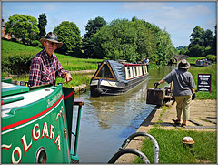 Matching Hats! (Jason 87030) Tags: cut canal boats narrowbaots waterside bottomlocl guc grandunioncanal june 2018 scene people man woman hats craft vessel northants northamptonshire green braunston local walk weekend head towpath persons candid color colour polgara image sony alpha a6000 ilce nex lens tag flickr uk england goosemoor