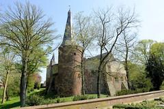 DSC_5870 Schloss Horn am Ufer der Maas auf dem Weg nach Roermond. (stadt + land) Tags: schloss horn ufer niederlande roemond hansestadt hanse neuehanse fluss maas rur grenze deutschland einkauf outlet grenzstadt