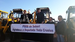 08/06/18 - Esteio/RS: entrega de maquinário com Governador Sartori para diversos municípios gaúchos. A comemoração dos amigos tucanos de Seberi.