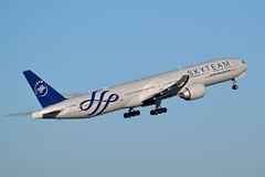 """F-GZNN Boeing 777-328(ER) Air France """"SkyTeam"""" livery (CDG/LFPG) (geoffrey.zdcki) Tags: fgznn"""