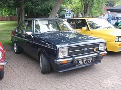 1980 Ford Escort 1.6 Ghia (quicksilver coaches) Tags: ford escort bht17v classicstony stonystratford