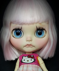 Custom #22 is done and meeting her new mum tomorrow. #blythesecrets #customblythedoll #pinkhair #hellokitty #pinkflora (Blythe Secrets) Tags: 22 pinkflora pinkhair customblythedoll blythesecrets hellokitty