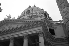 DSC08021 (rainy_photography) Tags: vienna wien classical architecture urban europe tradition traditional bw black white