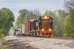 3102 Departing Brewster (The Master Blaster) Tags: train locomotive sd40 sd402 railroad wheeling lake erie brewster spencer eastbound paint old ohio tracks trees