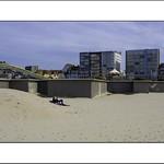 Sur le sable.. thumbnail