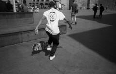 minolta_freedom_efke_100_xtol_barcelona_044 - Copy (AVITAL - www.filmcamerasn.pictures) Tags: minoltafreedom minolta barcelona streetphotograohy blackwhite xtol efke film filmphotography