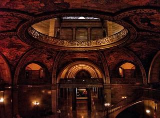 Des Moines Iowa -  Rotunda of State Capitol  of Iowa ~