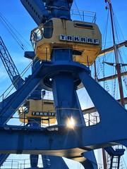 Kran Detail (dirklie65) Tags: kran crane detail blue blau takraf sunrays sonnenstrahlen rostock hafen stadthafen mecklenburgvorpommern germany technik engineering technologie grue industriell industrial