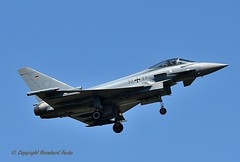 30+33 Eurofighter Typhoon (Bernhard Fuchs) Tags: wunstorf eurofighter jet kampfjet gaf aircraft air airplane aviation airforce airbase airshow military ef2000 militaryaircraft ltg62 nikon bundeswehr etnw