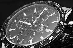 Uhrzeit (FODA_82) Tags: uhr clock armbanduhr watch automatik uhrzeit time blackwhite blackandwhite makro sw tagheuer carrera schmuck jewellery nikon d750