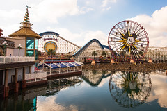 Disney land Anaheim (Zahidur Rahman (Thanks for the Favs, comments and ) Tags: water sky reflection sports games disney disneyland fun weekend paradisepier paradise mickey funs amusement play kids youngs olds forall funforall color aqua marrygoround ride day vacation holiday amazing themepark amusementpark park wonder happy rollercoaster steel engineering technology california usa zahidurrahman