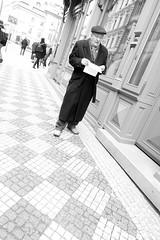 Prague street shot (jazzfoto.at) Tags: sony sonyrx100m3 rx100m3 sonyrx100iii sonydscrx100iii dscrx100iii prag praha prague tschechien czechrepublic chequia czechia repubblicaceca czechy sw bw schwarzweiss blackandwhite blackwhite noirblanc bianconero biancoenero blancoynegro zwartwit pretoebranco