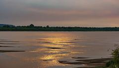 Glow of fires / Зарево пожаров (dmilokt) Tags: пейзаж landscape свет light ока oka вода water dmilokt beginnerdigitalphotographychallengewinner d3
