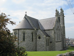 Church of the Assumption, apse view from Thormanby Road, Howth, Ireland (Paul McClure DC) Tags: howth howthhead ireland leinster fingal countydublin may2018 church historic architecture