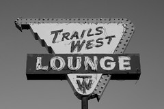 Trails West Lounge (dangr.dave) Tags: quaycounty nm newmexico downtown historic architecture route66 tucumcari neon neonsign trailswestlounge